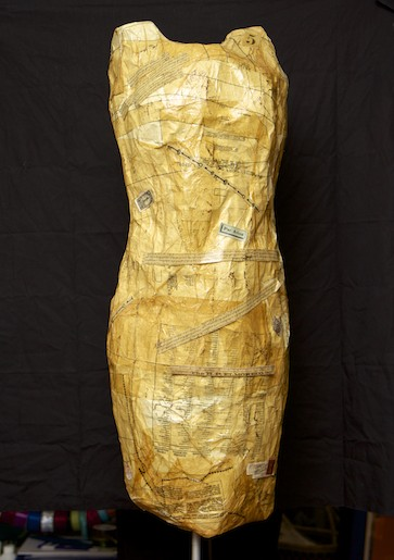 Duct-Tape-Dress-Form